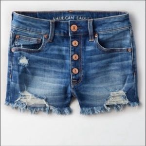 AE Exposed Button Hi-Rise Shortie, Size 2
